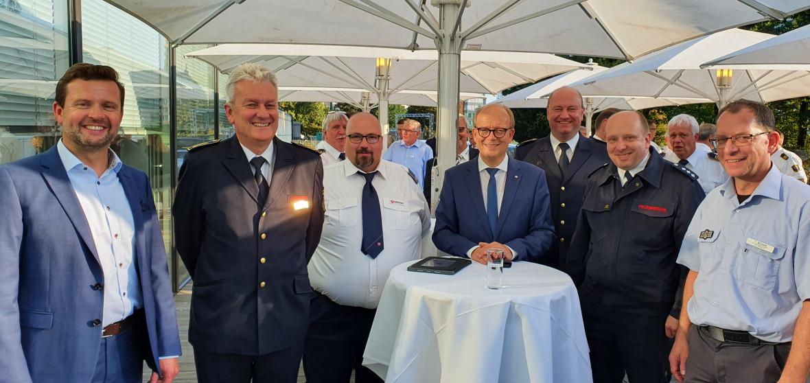 Raphael Tigges MdL, Uwe Teismann, Thorsten Heß, Andre Kuper MdL, Dietmar Holtkemper, Christoph Schöneborn und Thomas Warwel (v.l.)